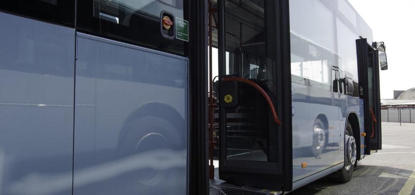 Obveščamo vas, da bodo avtobusi zaradi popolne zapore TOMŠIČEVE ceste na Jesenicah, od torka 1. 10. do petka 4. 10. 2019 vozili po glavni Kidričevi cesti.