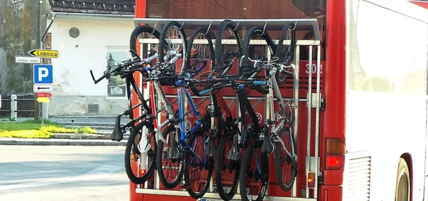 Also this year group Arriva Slovenia has in cooperation with municipality Ruše on some buses that driver one relation Maribor-Ruše-Lovrenc na Pohorju, montaged bike racks, that enable passengers transport of their bikes.