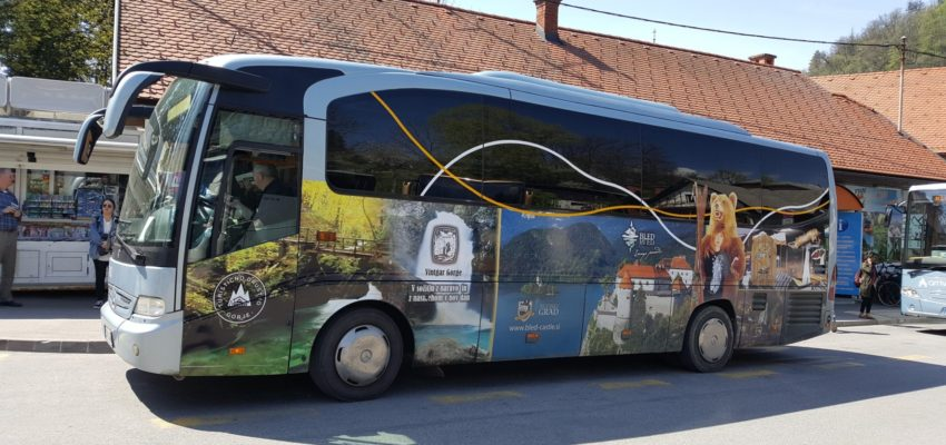 From 15 June till 15 September you can again drive with Bled SHUTTLE BUS. This year you can travel with two buses on the green and blue line. The ticket price is one euro, for guests that spend the night on Bled at least three nights and have the card Julijske Alpe: Bled, the ride is free of charge.