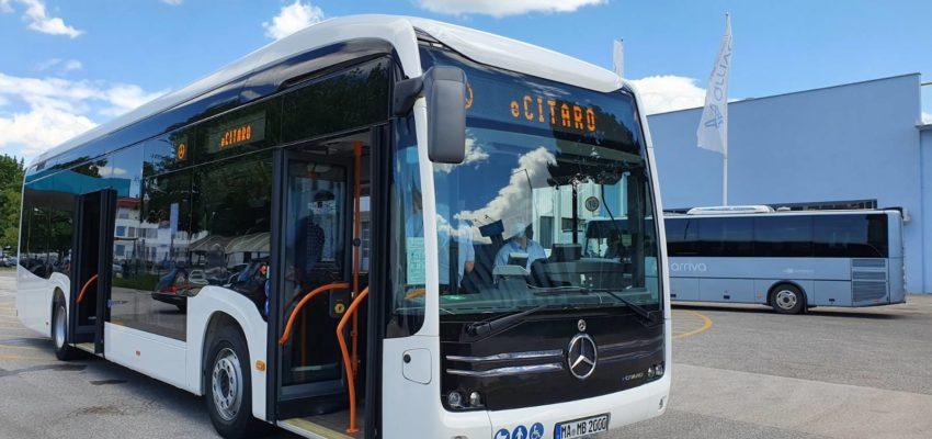 Na mestniliniji 7bo danes, 22. 6. 2020, ob 13. uri začel testno vozitiavtobus znamke Mercedes-Benz eCitaro s popolnoma električnim pogonom. V torek, 23. 6. 2020, se boste z najbolj ekološko sprejemljivim in najvarčnejšim Citarom vseh časov, ki bo tako kot ostali mestni avtobusi opremljen v skladu s trenutno veljavnimi varnostnimi in higienskimi ukrepi, lahko zapeljali na linijah 1, 2, 3, 5 in 15.